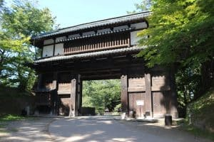 弘前城・東内門