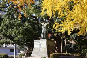 蜂須賀家政の銅像