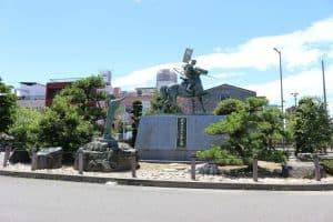 前田利家の銅像