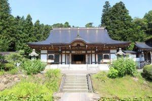 林泉寺の本堂