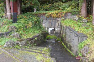 出羽・湯沢城の力水