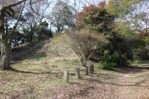 笠間城の土塁
