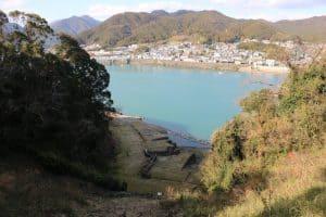 新宮城から熊野川を望む