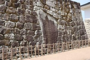 富山城の石垣