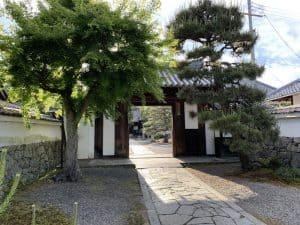 坂本城の移築城門(聖衆来迎寺)