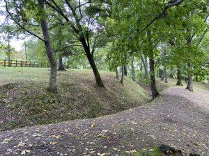 ユクエピラチャシの堀