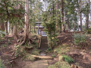 木出城近くにある朝日神社
